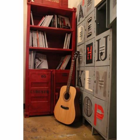 AD810 Cort Guitar