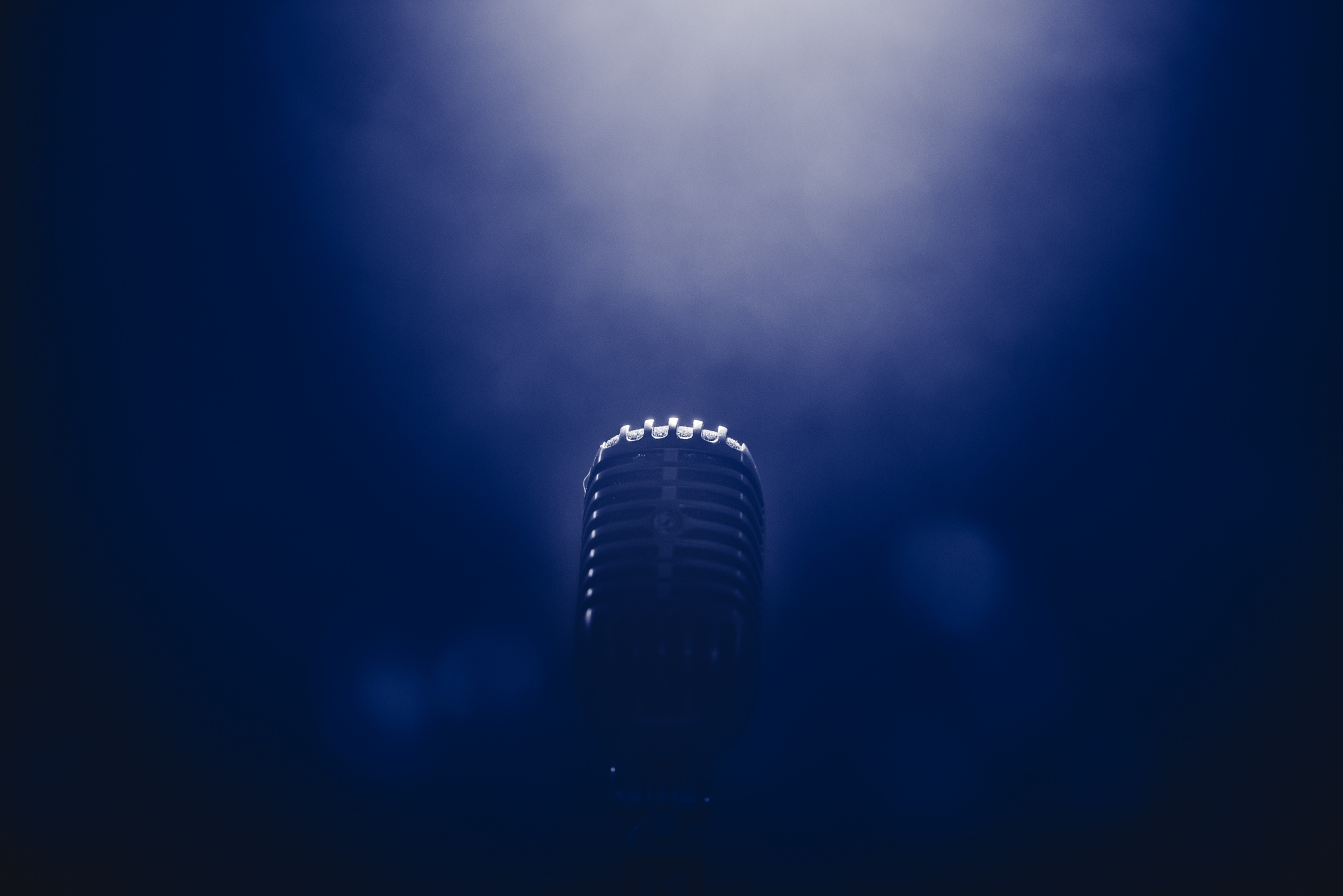 Microphone_Blue Background